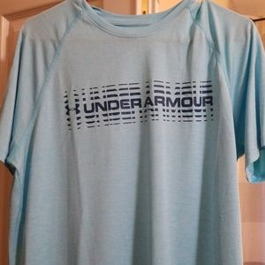 Mens med under armour shirt